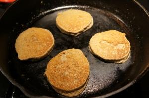 Food - Wheatless Pancakes